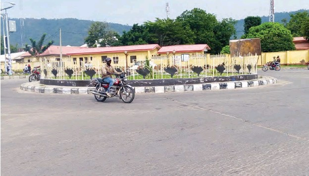 The Kogi State Government says it spent the sum of N100 million on the construction and beautification of Lokoja Roundabouts in the year 2020.