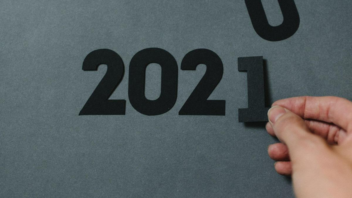 Top Tech Trends of 2021 Every CIO Needs to Know