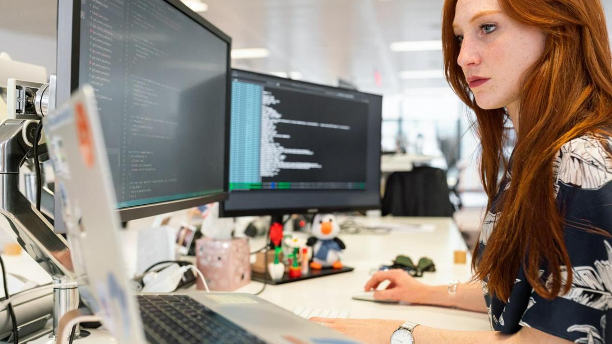 Custom Software Development: Full-stack vs. Mean Stack