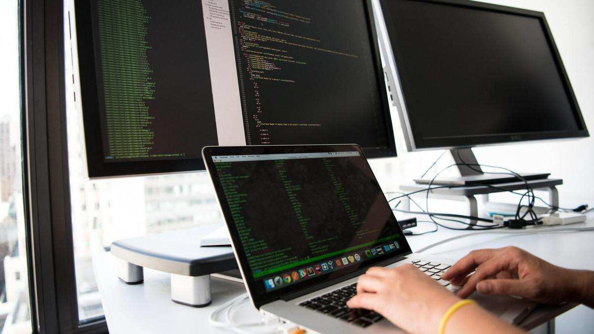 How To Set Measurable Goals and Objectives For Your Software Development Project