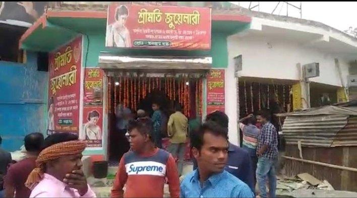 বেলপাহাড়িতে পর পর চুরি, এলাকায় ক্ষোভ - West Bengal News 24