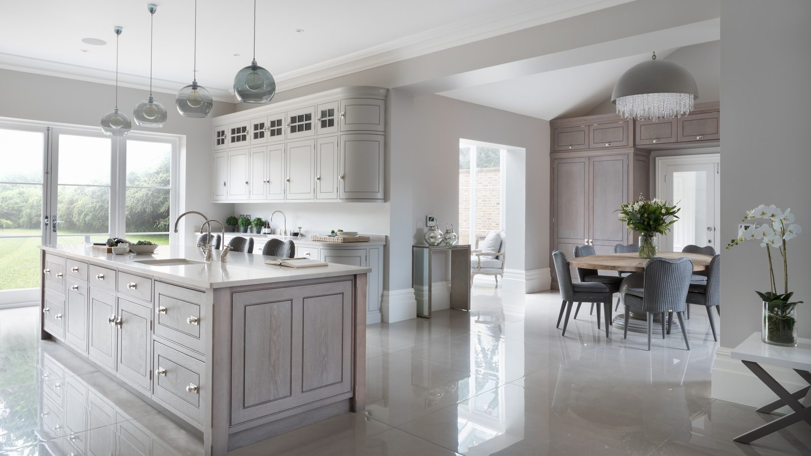 Q&A: designing beautiful kitchens with Humphrey Munson ... on Beautiful Kitchen  id=74581