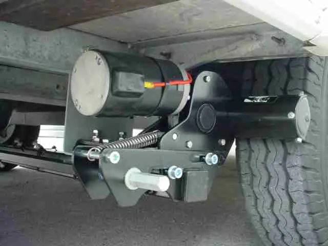 Picture of an engaged Caravan Motor Mover