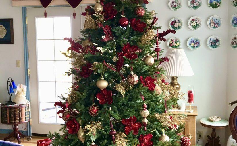 A Tree-mendous Christmas (#272)