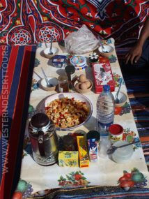 A hearty breakfast at the campsite