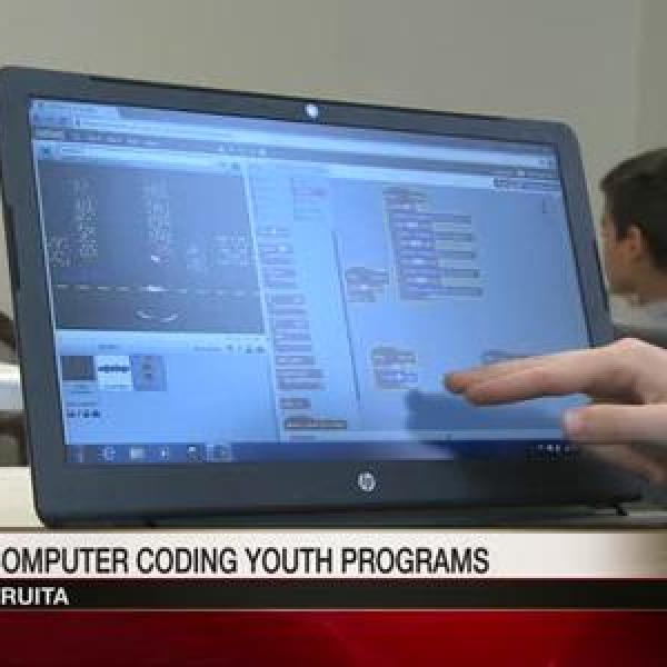 Students Learn New Computer Coding Program_8730808864694748137