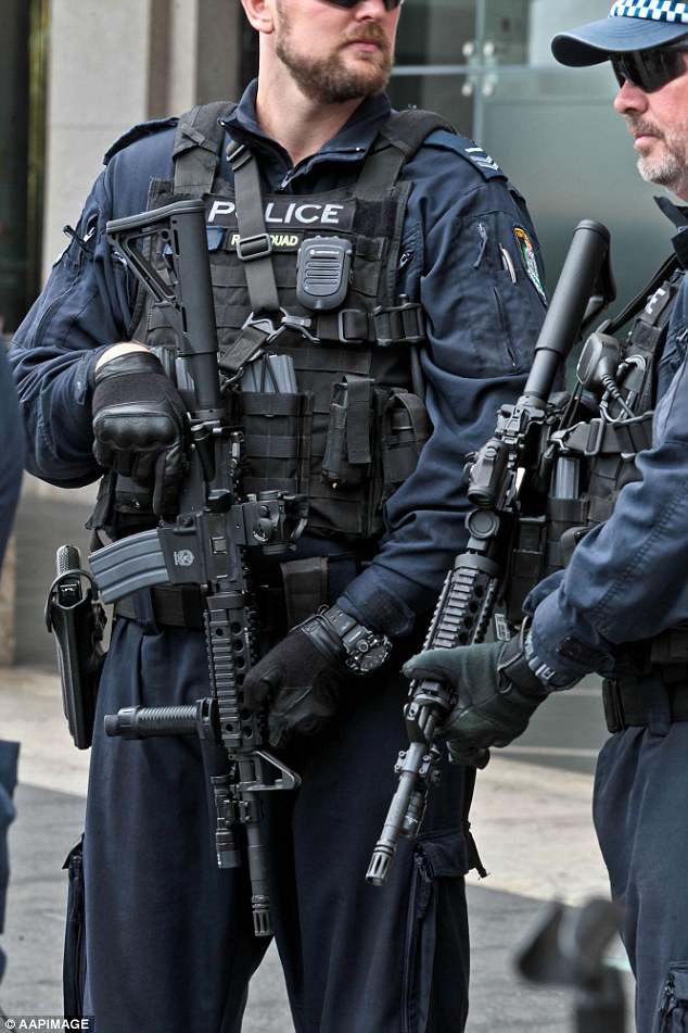 Police using Daniel Defense M4A1 Rifle