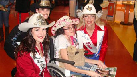 Chey with Rodeo Royalty