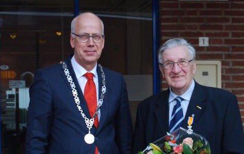 De heer Cees van Dijk ontvangt Koninklijke Onderscheiding