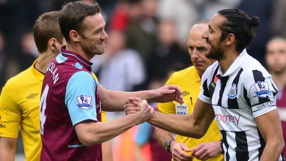 kevin nolan before the newcastle vs west ham game
