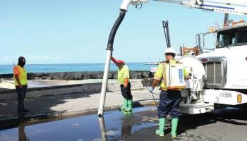 Sewage spill closes Kailua Bay