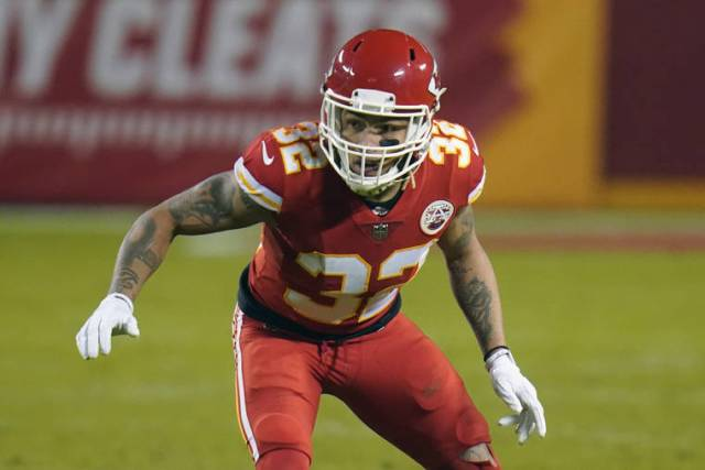 Defense could be decisive in Super Bowl of dynamic offenses