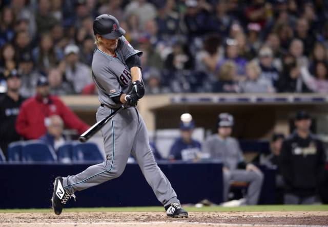 With DH shelved, another year of hapless NL swings
