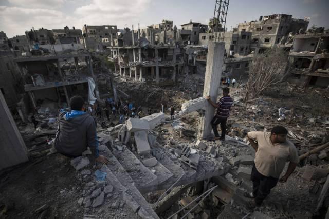 Israeli strike on Gaza kills 10, unrest spreads to West Bank