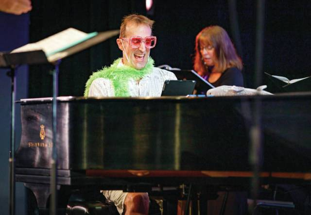 A heartfelt tribute: Waimea Community Chorus celebrates music icon Elton John