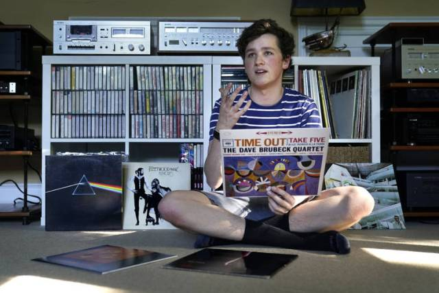 Vinyl records surge during pandemic, keeping sales spinning