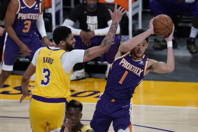 Defending champs dethroned: Suns eliminate Lakers 113-100