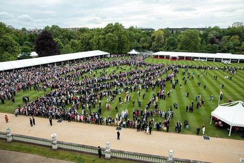 The gardens at Buckingham Palace (image courtesy of PA)