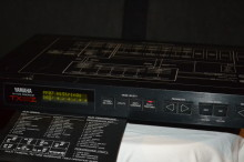 Yamaha TX81Z MIDI rack mount FM tone generator/synthesizer $125