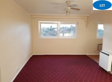 2 bedroom flat to rent West Bromwich, Camberley