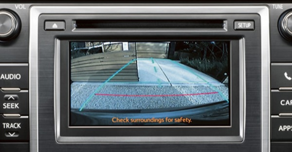 Aftermarket Toyota Camry Backup Camera Displays On Factory