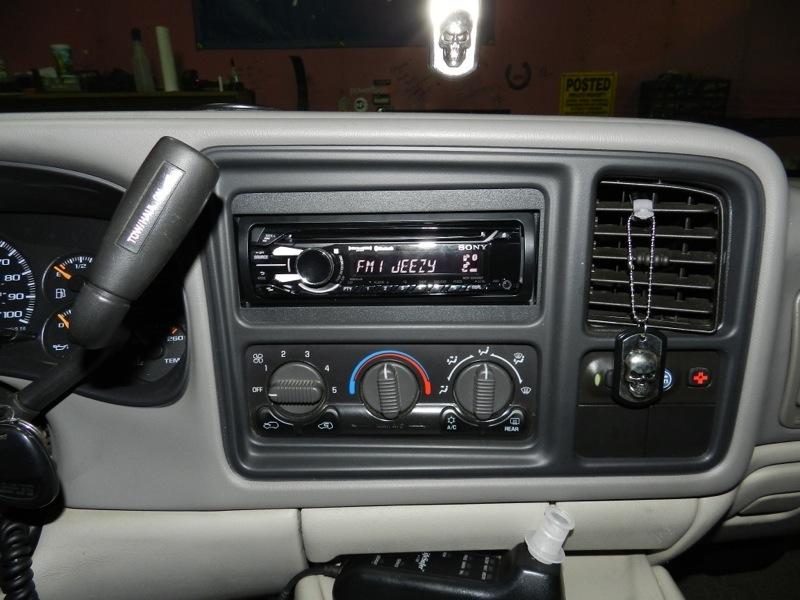 2001 Suburban Audio Upgrade Adds New Technologyrhwestminsterspeed: 2001 Chevy Suburban Radio At Gmaili.net