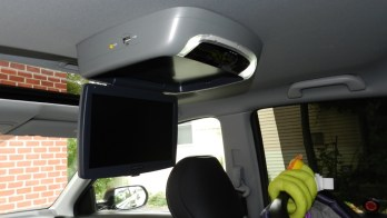Honda CRV Video Installation Keeps Parents In Peace