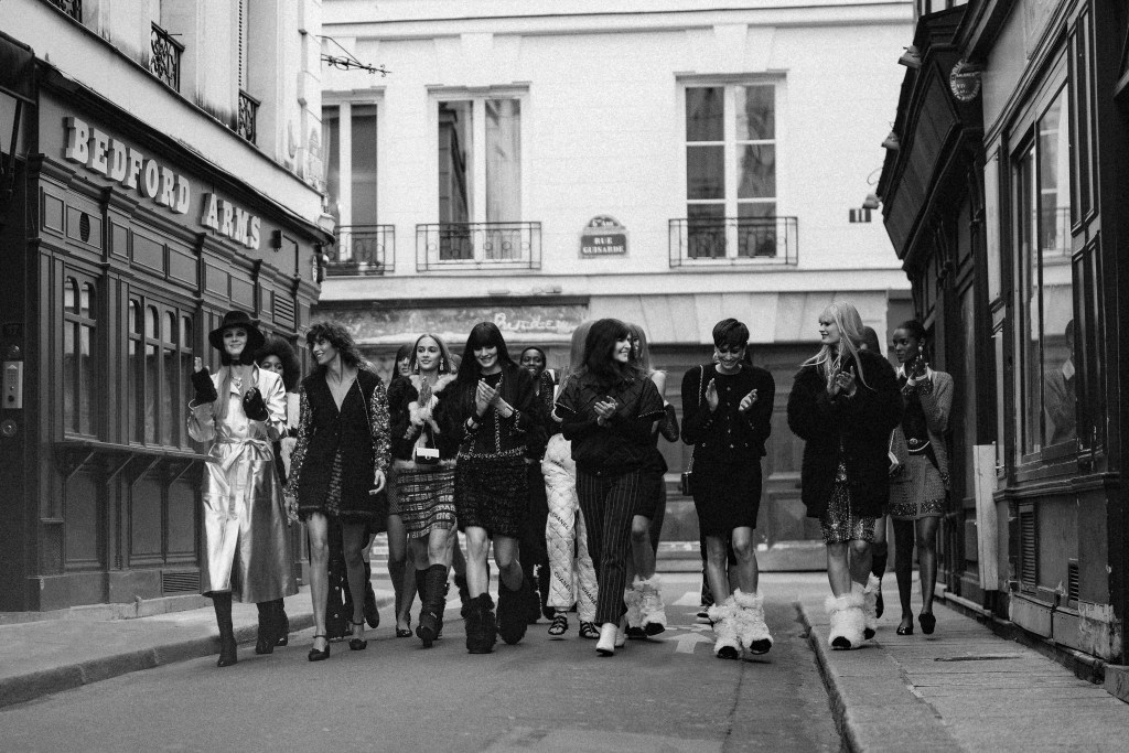 CHANEL Fall Winter 2021 Ready to Wear finale