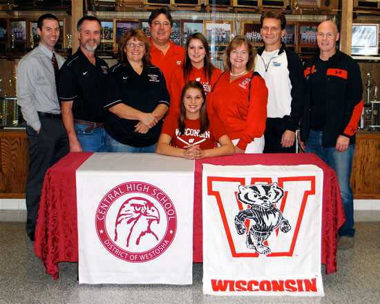 Fonk commits to play softball at UW-Madison – West of the I