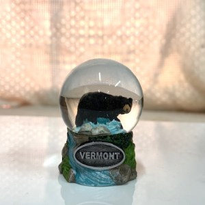 Small Black Bear Snowglobe