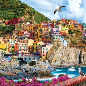 Cinque Terre, Italy 1000 pc.
