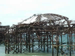 Collapse of the West Pier taken September2003