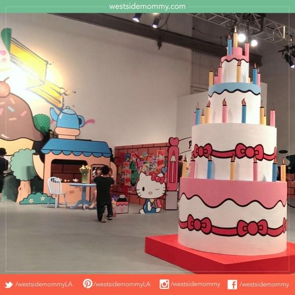 Hello Kitty Con Birthday Cake Artwork