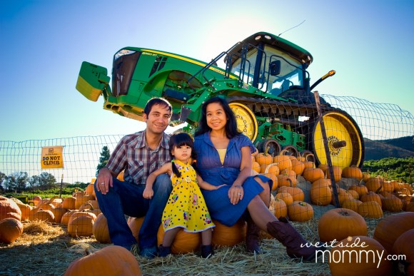Westside Mommy family photo at Underwood Farms in Moorpark. Photo by Ruby Hunt Photography