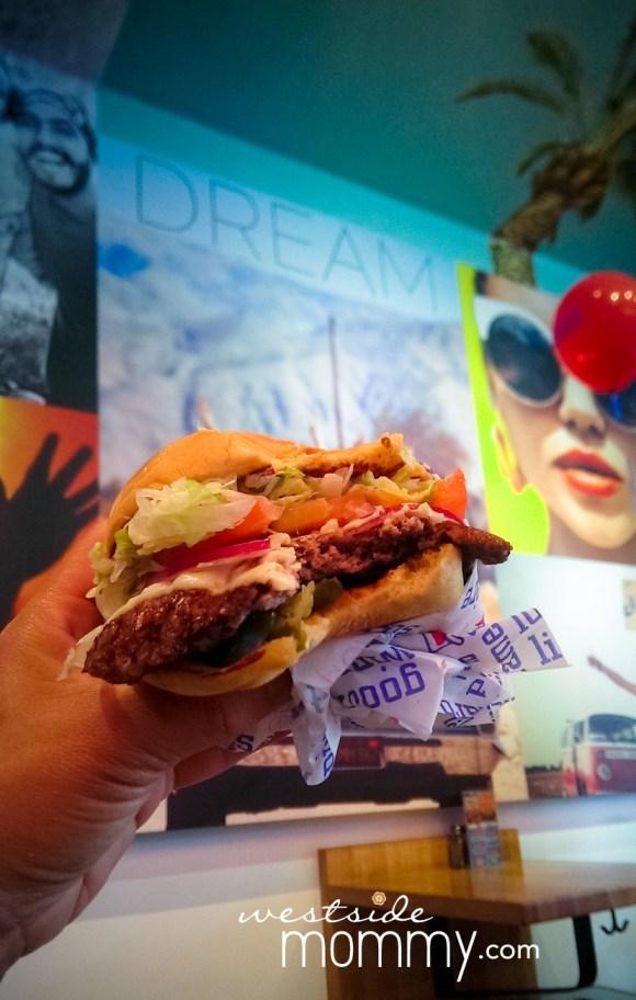 HollywoodBurger_burger