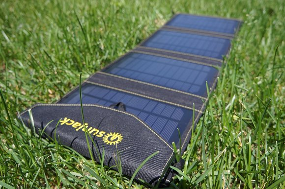 disasterkit_solarpanel