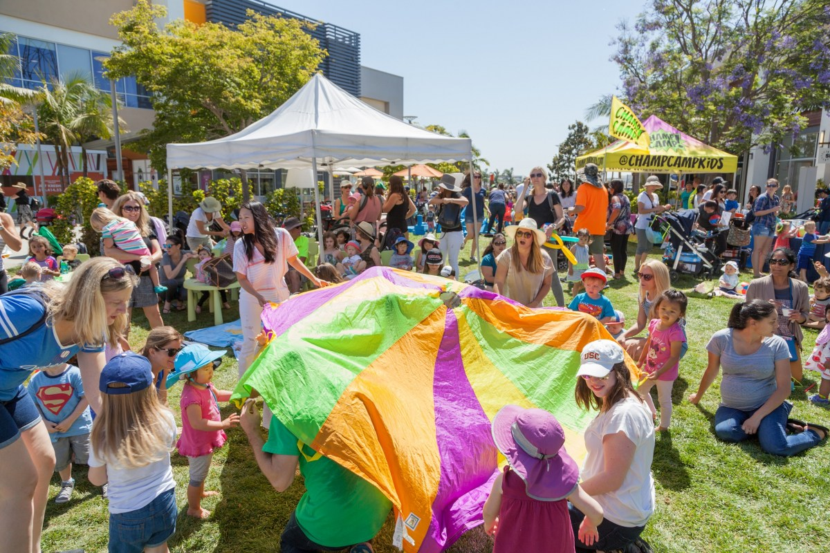 Spring Fling Celebration and Bunny Photos at THE POINT - El Segundo March 24