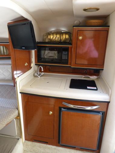 Westwind Yacht Sales 2001 Sea Ray 280 Sundancer