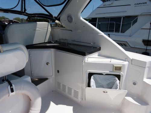 Westwind Yacht Sales 1997 Carver 325 Aft Cabin