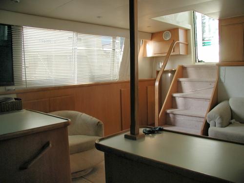 Westwind Yacht Sales 1995 Carver 370 Aft Cabin
