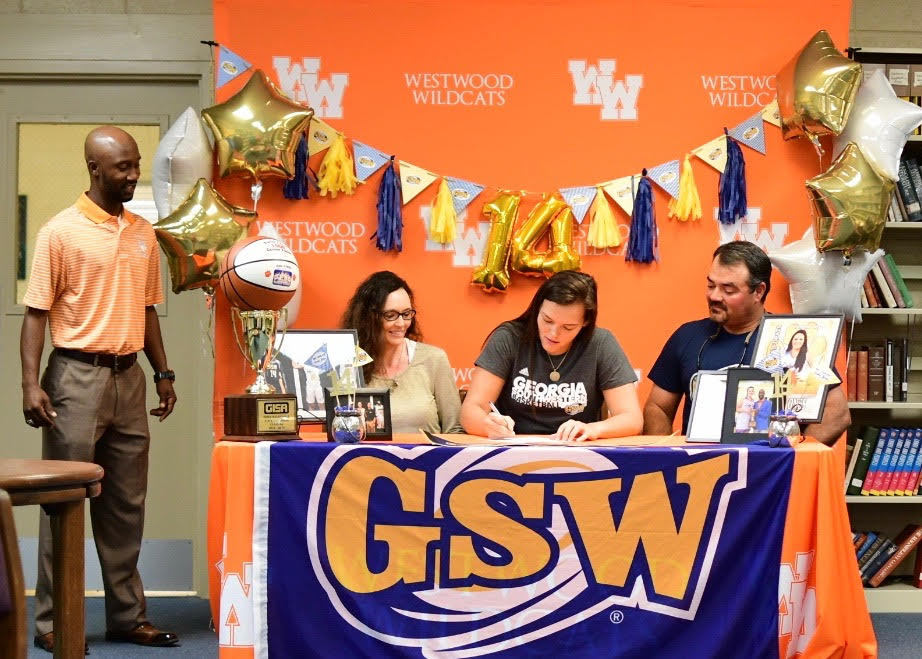 Karlie Jones Signs With Georgia Southwestern