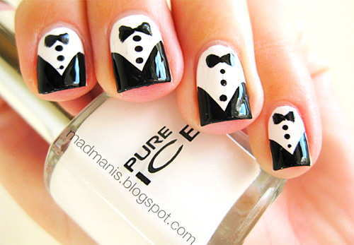 A Rather Simple But Elegant Looking Black And White Nail Polish