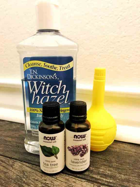 DIY Lavender & Lemon Astringent is made with natural ingredients that help cleanse, balance, and refresh the skin. No more harsh chemicals for your lovely face! | We Three Shanes