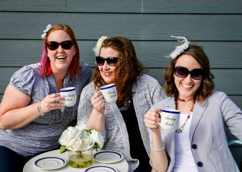 Easily mimic these simple steps for creating your own fun group photo shoot. Professional not needed. Grab a camera and some friends and snap away. | We Three Shanes