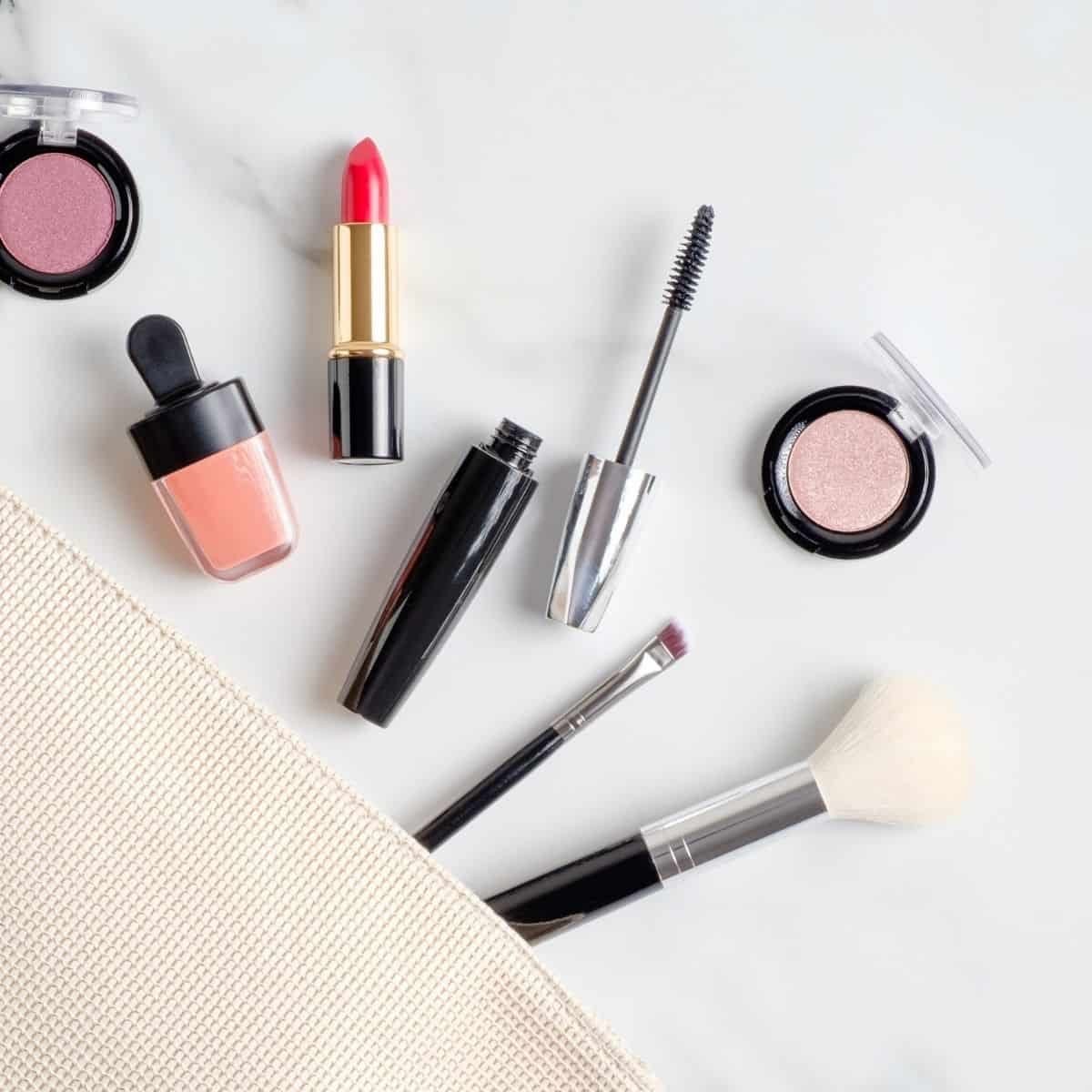 How to Downsize Makeup to Just the Essentials