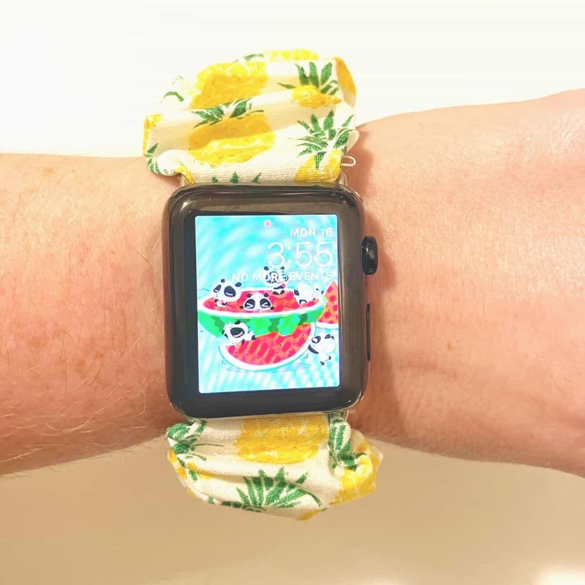 DIY Srunchie Apple Watch Band