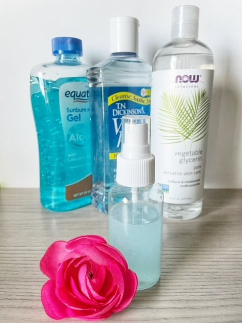 Aloe, witch hazel, and vegetable glycerin combined to make the BEST natural DIY makeup setting spray.