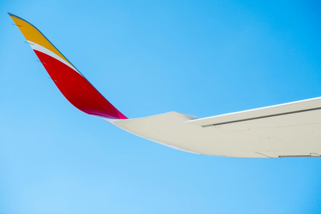 Airbus A350-900 Iberia Placido Domingo
