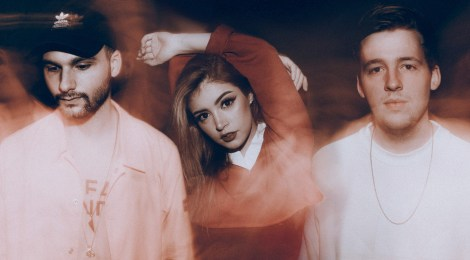 """Past Lives"" von AGAINST THE CURRENT (ab dem 28. September 2018 im Handel)"