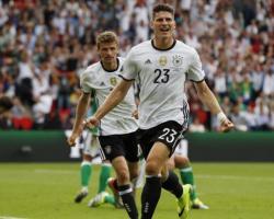 Girone C: Germania e Polonia avanti insieme. Spera ancora l'Irlanda del Nord